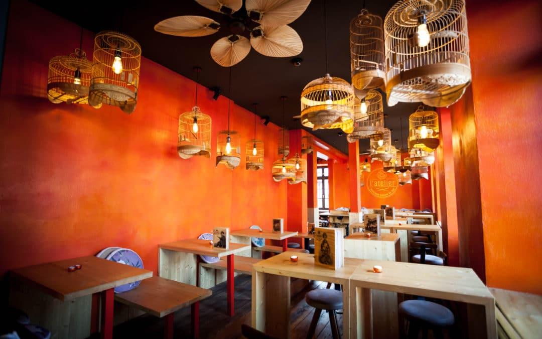 In die Ferne schweifen im Indochine Cuisine de Rue