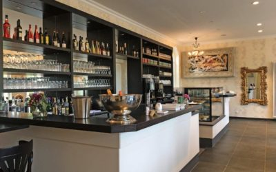 Café Pompöös