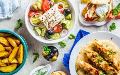 Griechische Grillparty mit Gyros & Co.: Urlaubsfeeling für zu Hause